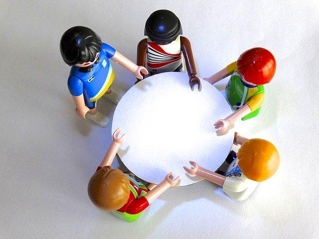 Mitglieder der Sitzungen und Konferenzen